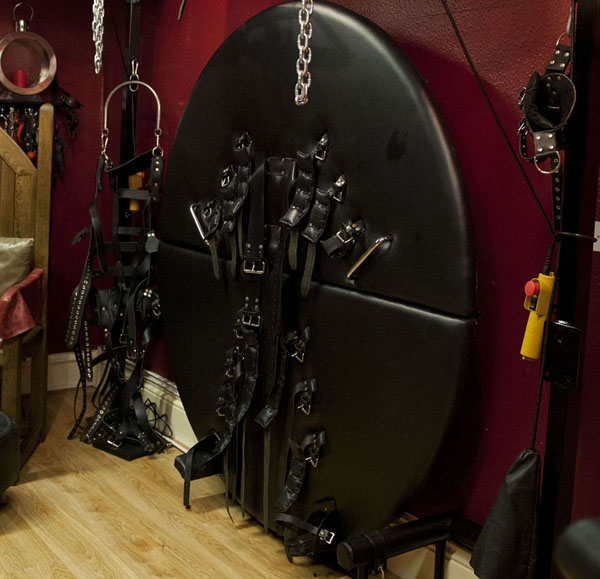 Manchester Dungeon Hire
